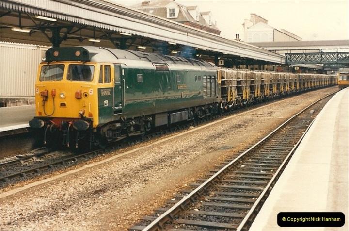1986-04-28 Exeter St. Davids, Exeter, Devon.  (9)0169