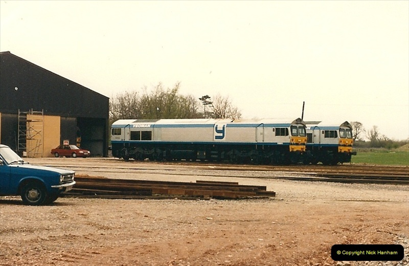 1986-05-18 New class 59s @ Foster Yeomans depot in Somerset.  (1)0171