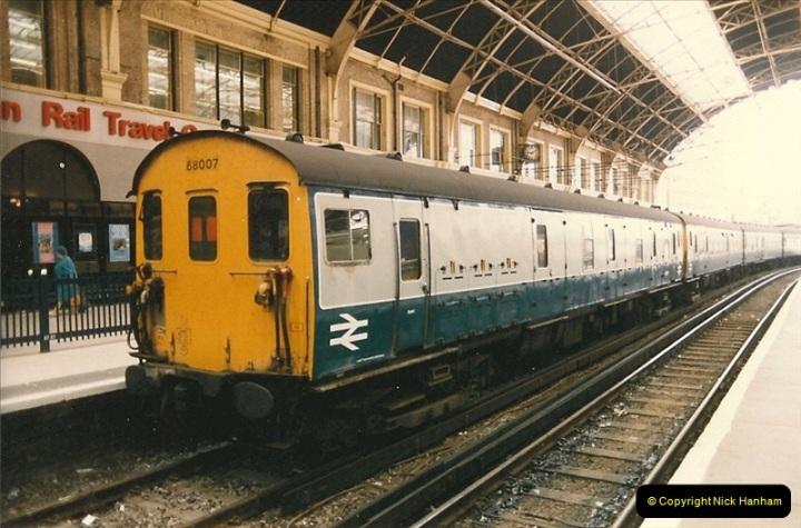 1986-06-07 Victoria Station, London.  (6)0177
