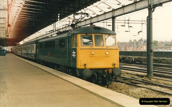 1986-09-12 Rugby, Warwickshire.  (25)0211