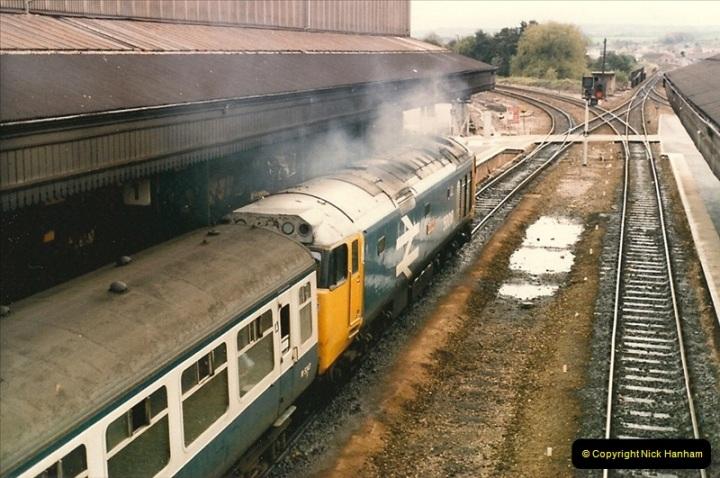 1986-10-27 Exeter St. Davids, Devon.  (2)0295