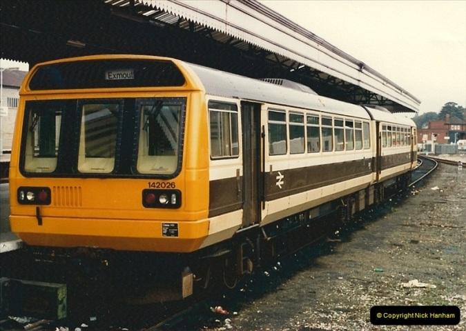 1986-10-27 Exeter St. Davids, Devon.  (5)0298