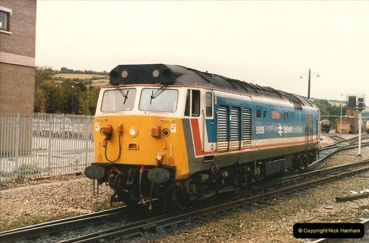 1986-10-27 Exeter St. Davids, Devon.  (11)0304