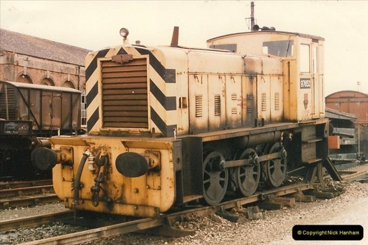 1986-10-27 Exeter St. Davids, Devon.  (19)0312