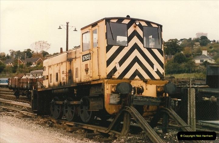 1986-10-27 Exeter St. Davids, Devon.  (20)0313