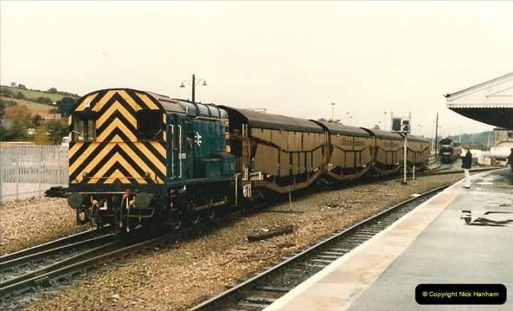 1986-10-27 Exeter St. Davids, Devon.  (21)0314
