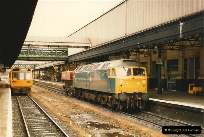 1986-10-30 Exeter St. Davids, Devon.  (2)0341