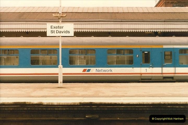 1986-10-30 Exeter St. Davids, Devon.  (9)0348