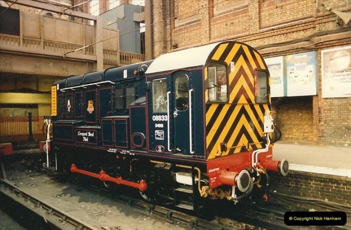 1986-11-22 Liverpoole Street Station, London.  (1)0352