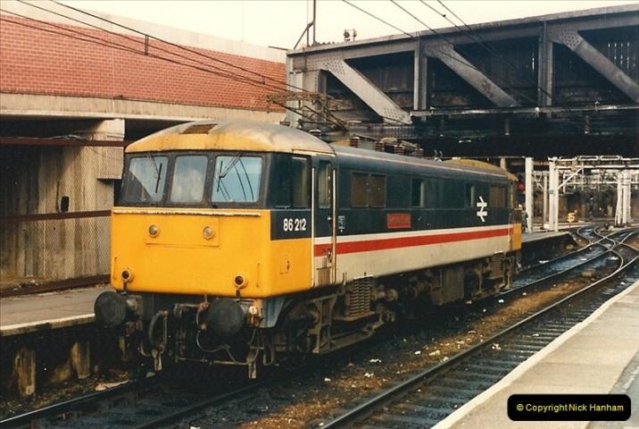 1986-11-22 Liverpoole Street Station, London.  (7)0358