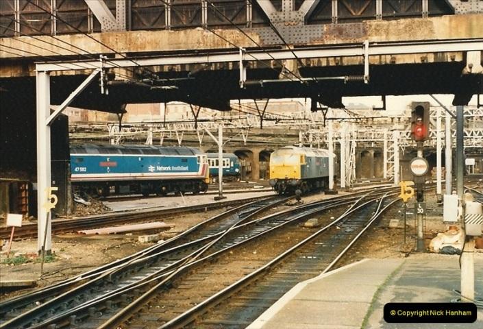 1986-11-22 Liverpoole Street Station, London.  (13)0364