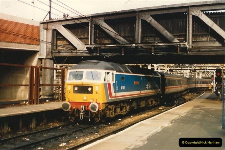 1986-11-22 Liverpoole Street Station, London.  (15)0366