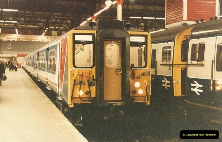 1986-11-22 Waterloo Station, London. (19)0388