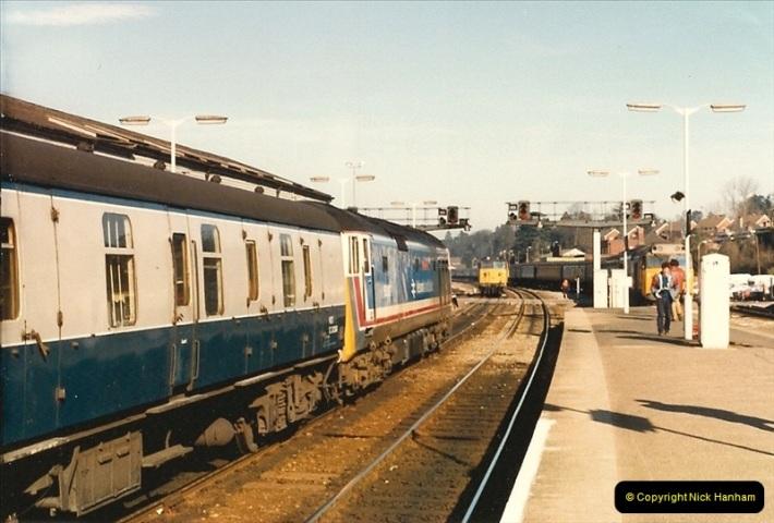 1987-02-21 Exeter St. Davids, Devon.  (4)0395