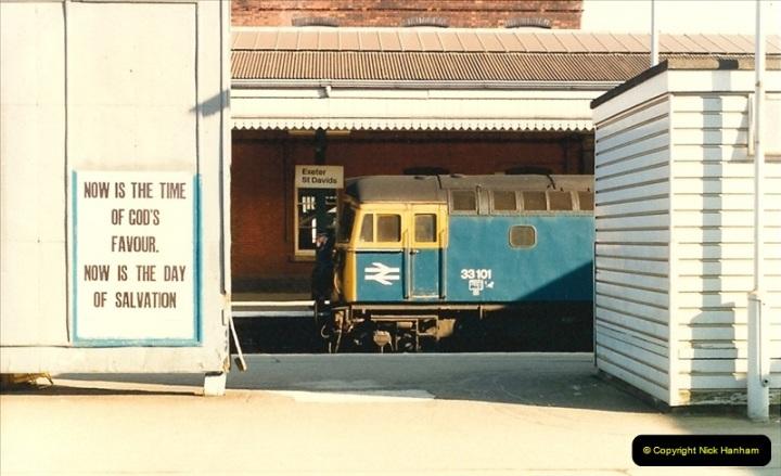 1987-02-21 Exeter St. Davids, Devon.  (10)0401