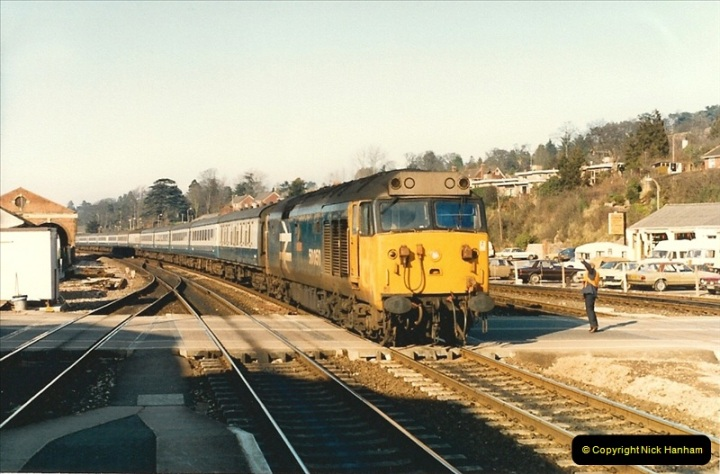1987-02-21 Exeter St. Davids, Devon.  (13)0404