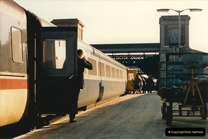 1987-02-21 Exeter St. Davids, Devon.  (16)0407