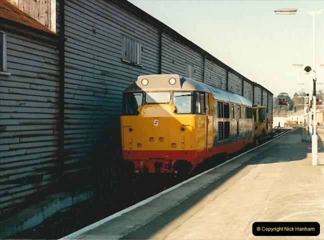 1987-02-21 Exeter St. Davids, Devon.  (20)0411