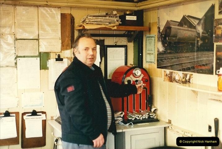 1987-02-22 Crediton, Devon.  (4)0420