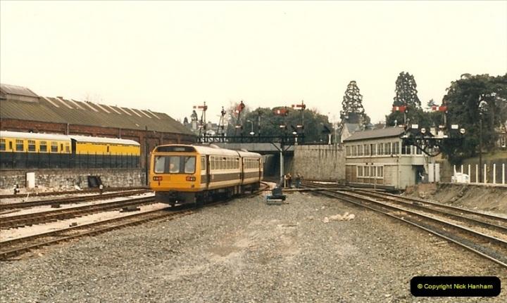 1987-02-22 Newton Abbot, Devon.  (4)0427