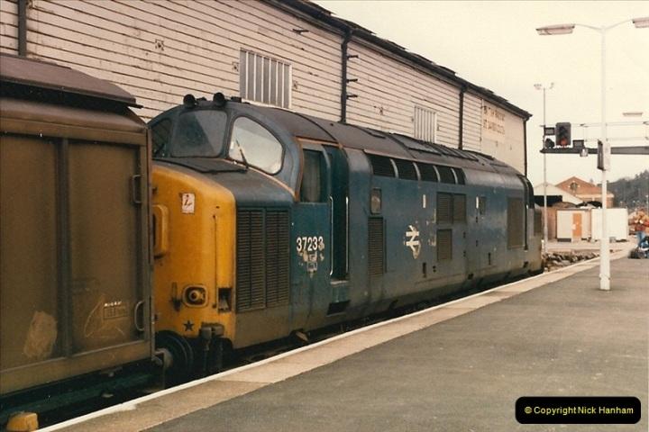1987-02-23 Exeter St. Davids, Exeter, Devon.  (10)0438