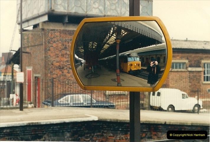 1987-04-15 Salisbury, Wiltshire.  (3)0480