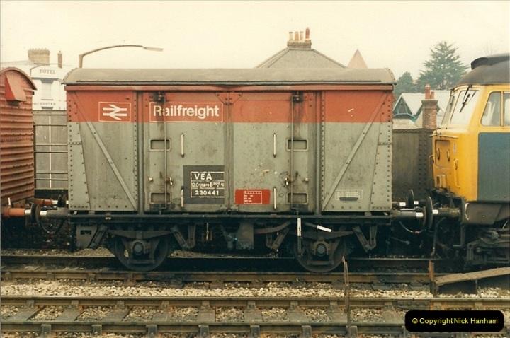 1987-04-15 Salisbury, Wiltshire.  (21)0498