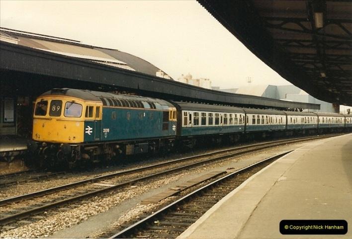 1987-05-02 Bristol Temple Meads, Bristol.  (30)0536