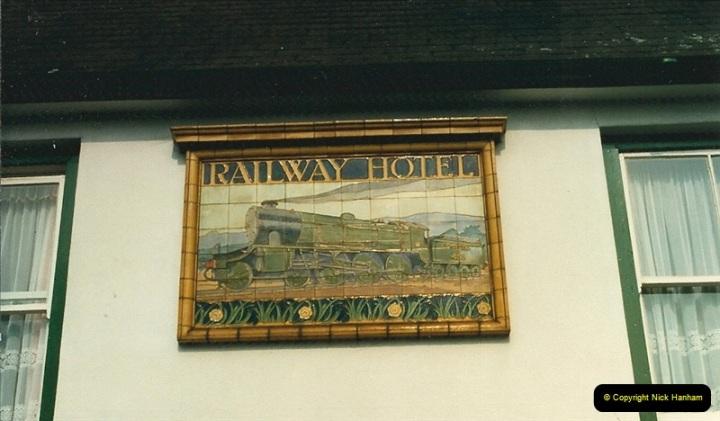 1987-06-01 Wareham, Dorset.  (5)0583