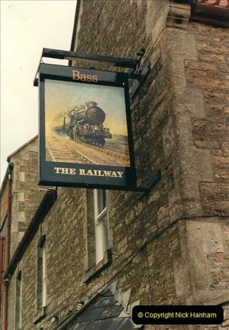 1987-06-21 Pub Signs Wiltshire. (1)0584