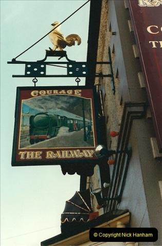 1987-06-24 Pub Sign Surrey.0586