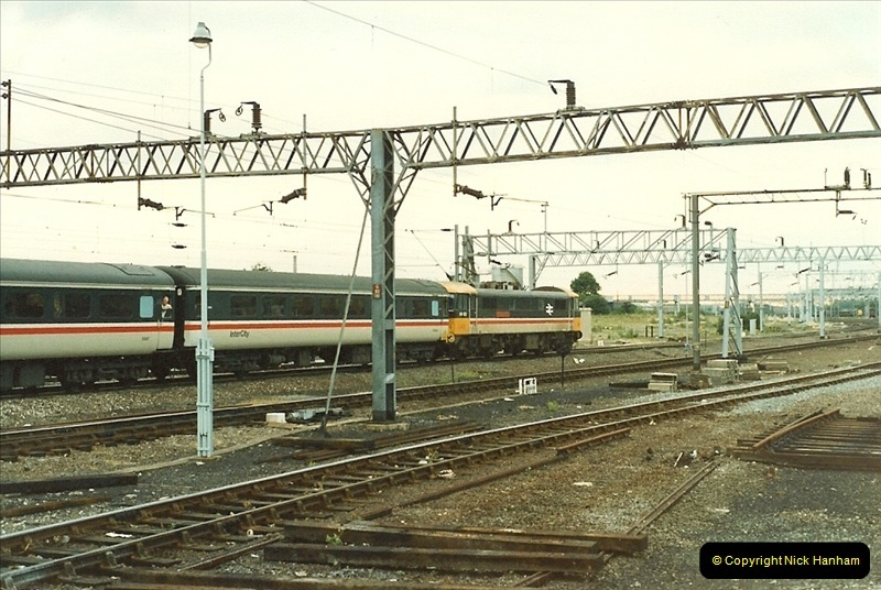 1987-07-12 to 15 Rugby, Warwickshire.  (4)0594