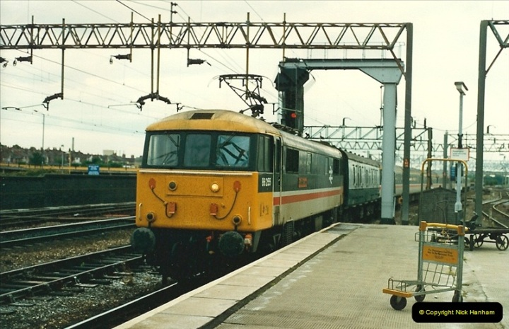 1987-07-12 to 15 Rugby, Warwickshire.  (7)0600