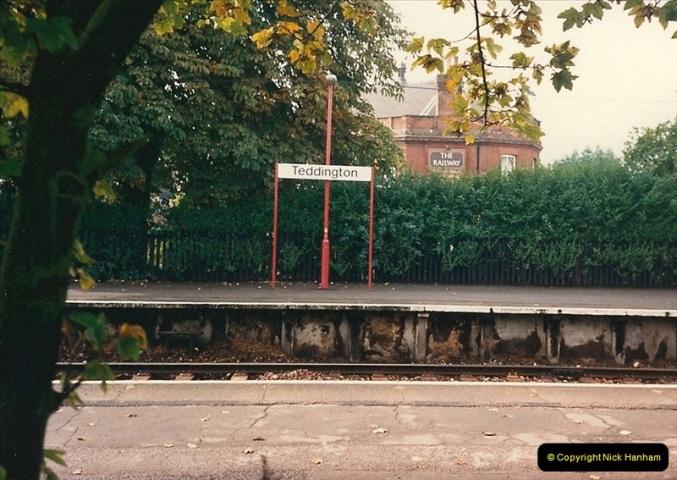 1987-10-01 Teddington, Middlesex.0748