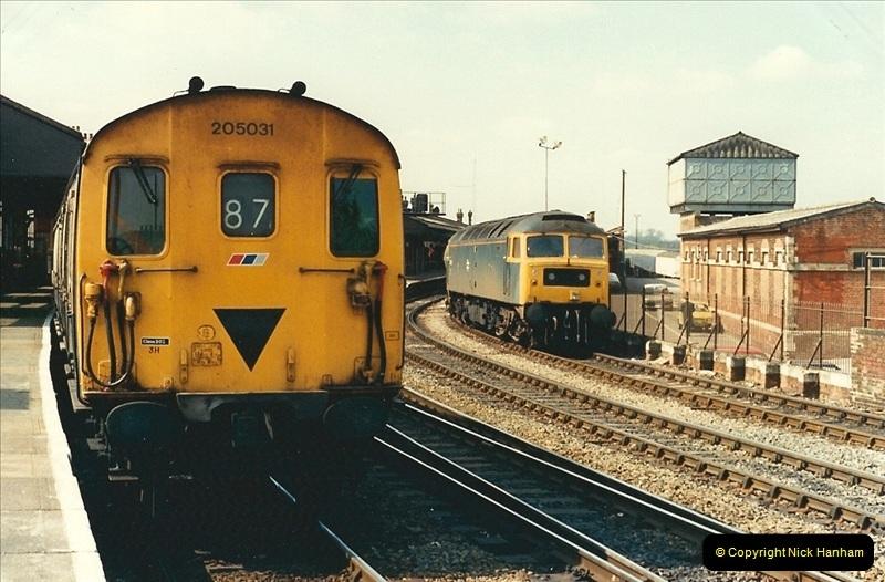 1989-04-03 Salisbury, Wiltshire.  (20)0198