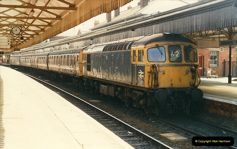 1989-04-03 Salisbury, Wiltshire.  (29)0207
