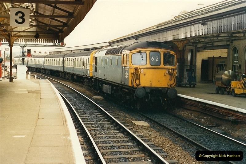 1989-04-03 Salisbury, Wiltshire.  (32)0210