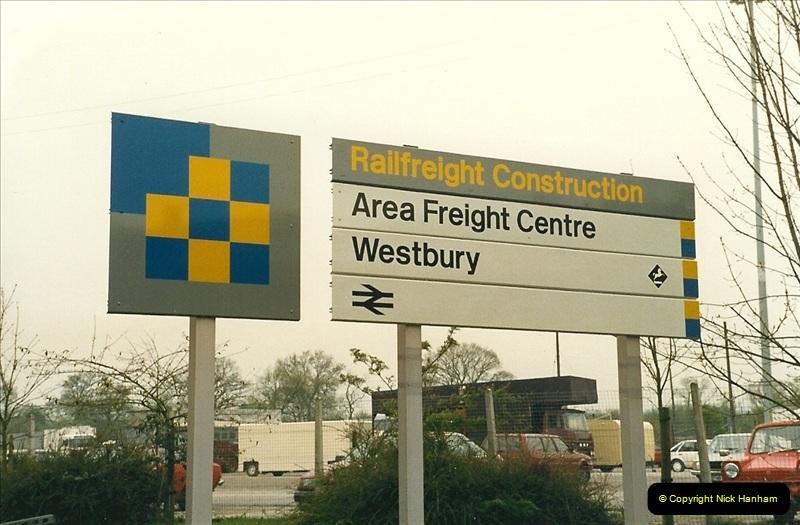1989-04-17 Westbury, Wiltshire.  (1)0270