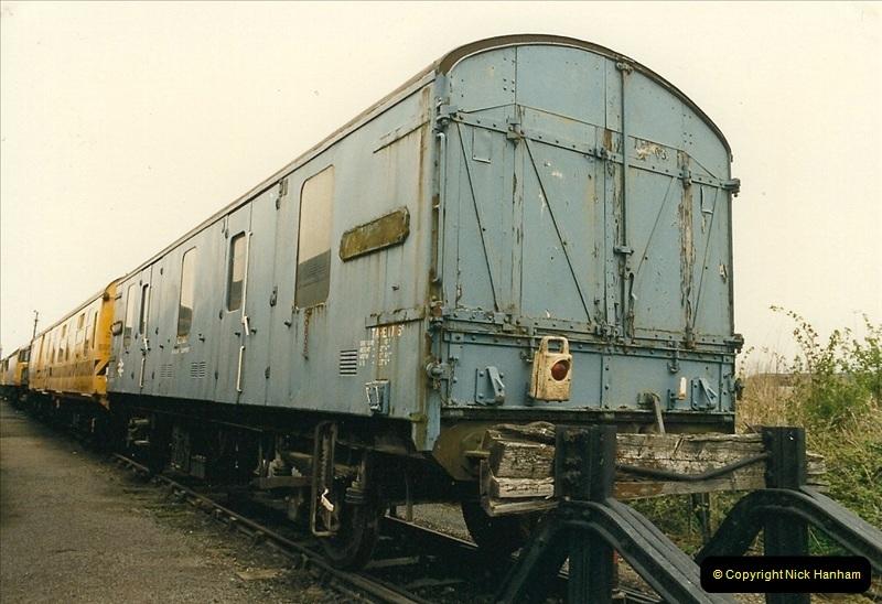 1989-04-17 Westbury, Wiltshire.  (13)0282