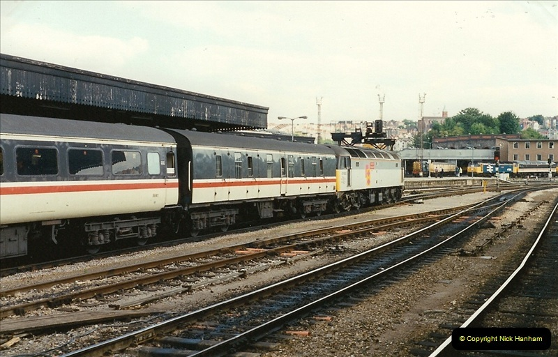 1989-08-18 Bristol Temple Meads, Bristol.  (11)0357