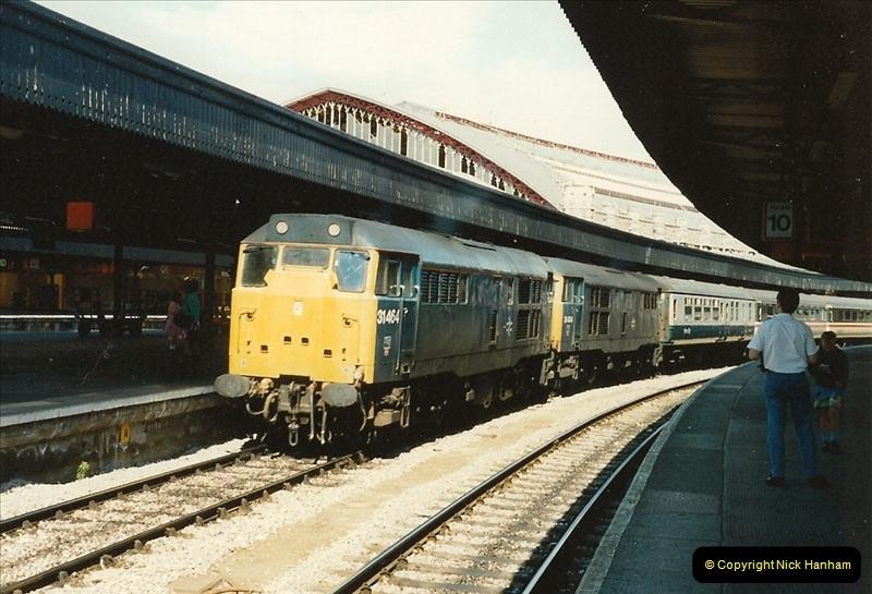 1989-08-19 Bristol Temple Meads, Bristol.  (13)0381