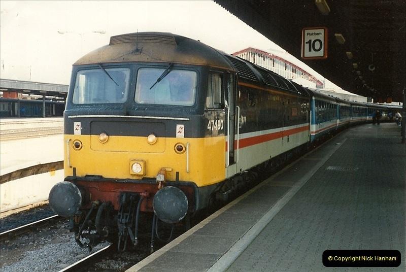 1989-08-20 Bristol Temple Meads, Bristol.  (1)0401