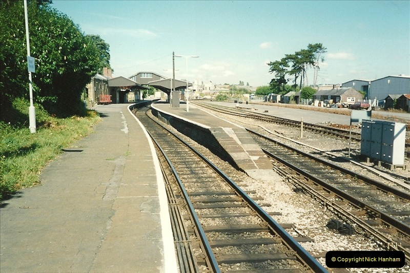 1989-08-20 Yeovil Pen Mill station, Yeovil, Somerset.  (3)0413