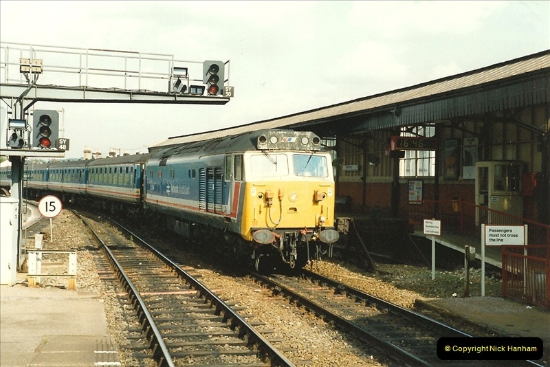 1989-08-22 Salisbury, Wiltshire.  (1)0414