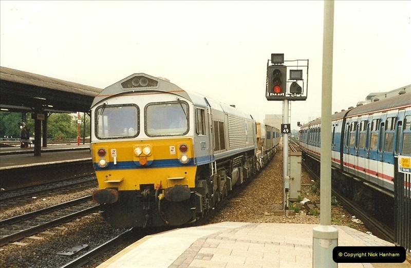 1989-09-30 Reading, Berkshire.  (22)0519