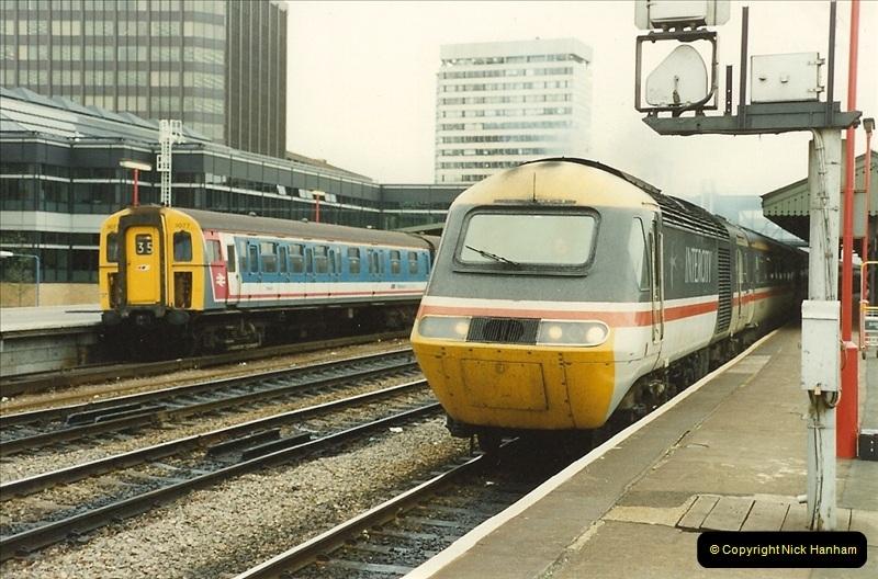 1989-09-30 Reading, Berkshire.  (24)0521