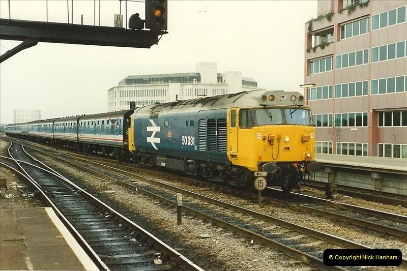1989-09-30 Reading, Berkshire.  (25)0522