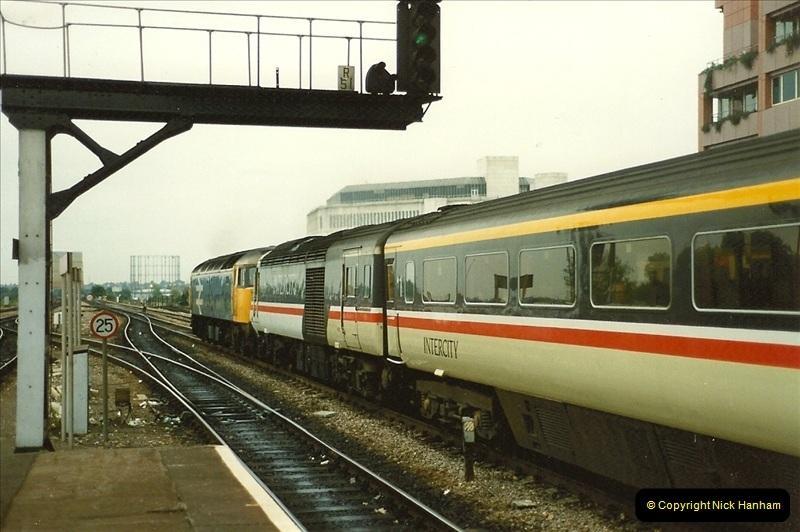 1989-09-30 Reading, Berkshire.  (26)0523
