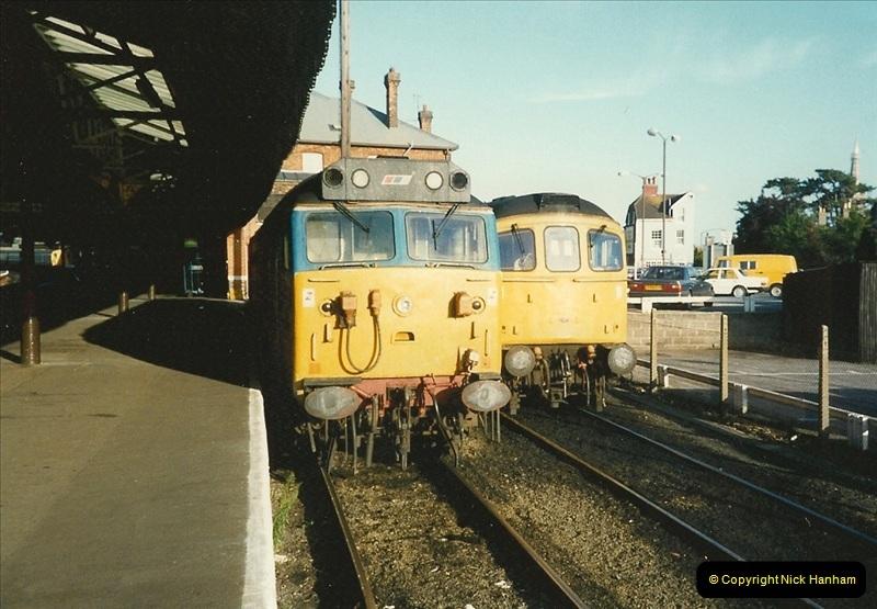 1989-10-19 Salisbury, Wiltshire.  (2)0563