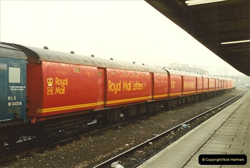 1989-10-27 Plymouth, Devon.  (5)0585